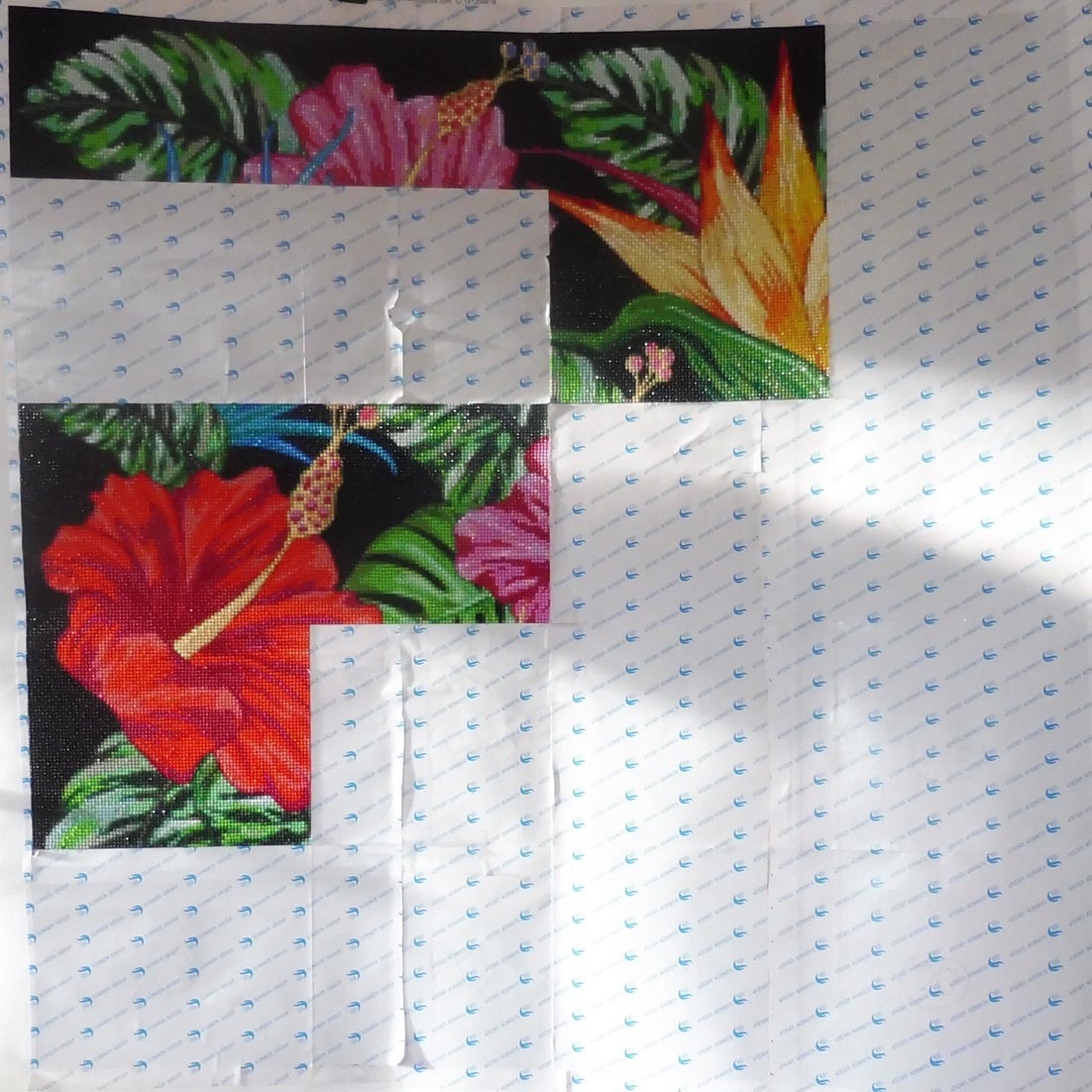 Tropical-Flowers-Stand-120220